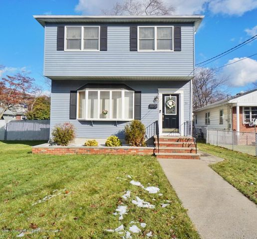 51 Hamden Avenue, Staten Island, NY 10306