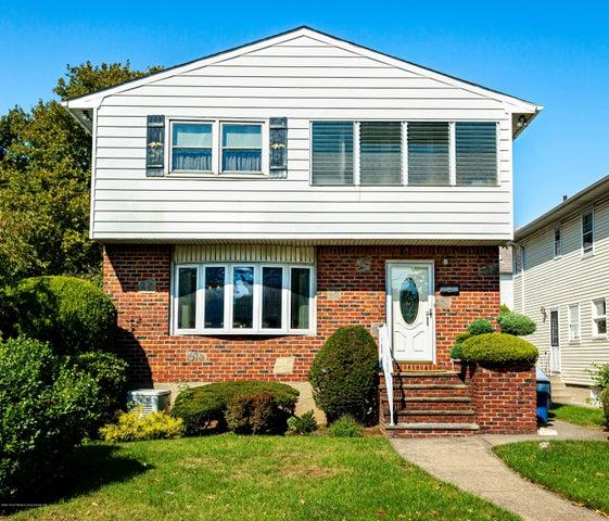 323 Caswell Avenue, Staten Island, NY 10314