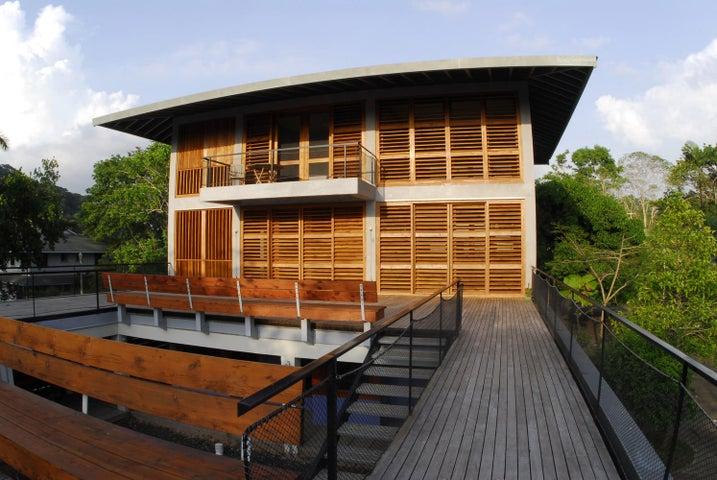 Hermosa Casa Moderna En Venta Colon Panama Tu Inversion
