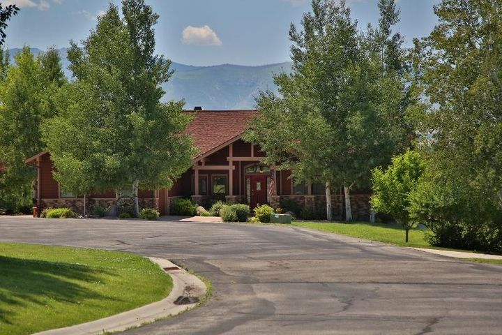 15 Wagon Wheel Court, Sheridan, WY 82801