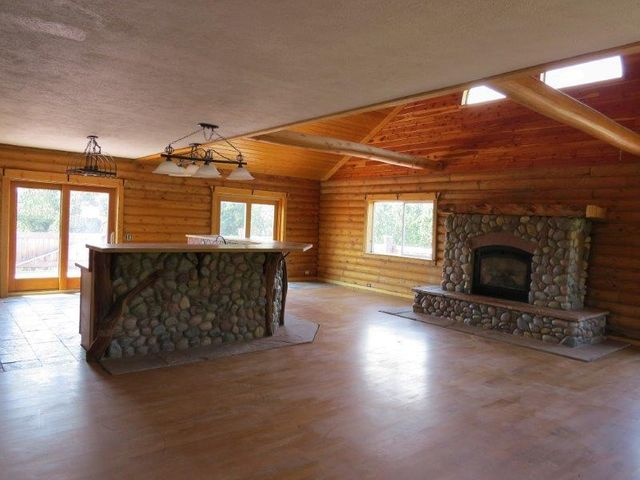 58 Red Cloud Drive, Story, WY 82842