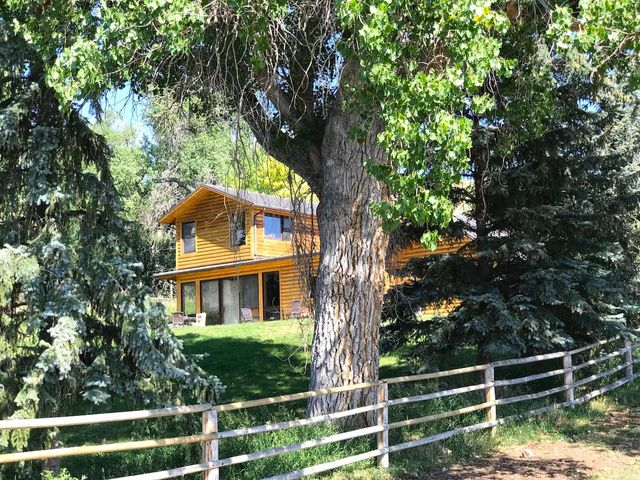 343 Upper French Creek Road, Buffalo, WY 82834