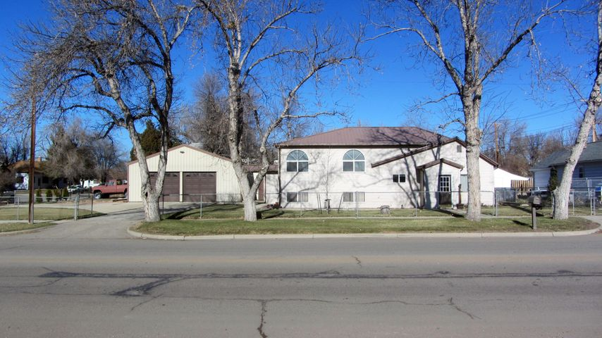 415 E 5th Street, Sheridan, WY 82801