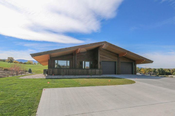 10 Donegal Drive, Sheridan, WY 82801