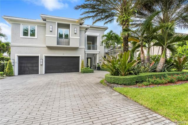 Property for sale at 121 Peregrine Ave, Plantation,  Florida 33324