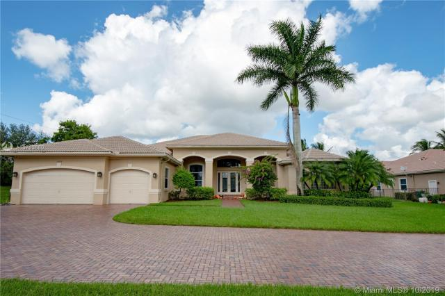 Property for sale at 15379 SW 33rd St, Davie,  Florida 33331