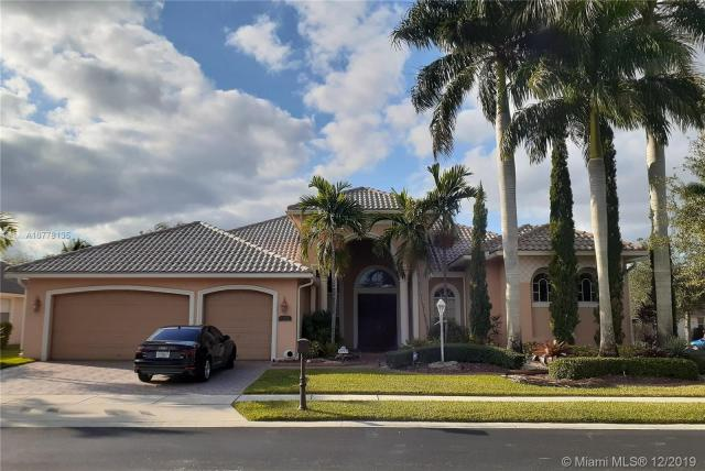 Property for sale at 1272 NW 137th Ave, Pembroke Pines,  Florida 33028