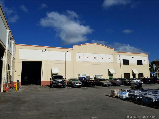 Property for sale at 21005 Taft St, Pembroke Pines,  Florida 33029