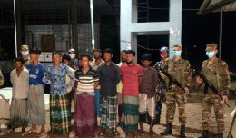 Rohingyas fleeing from camps in fear of relocation