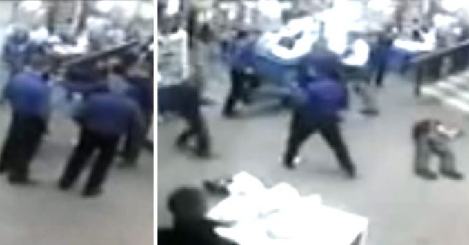 Russian Security Guards Knockout Thugs in a Supermarket Gang Fight