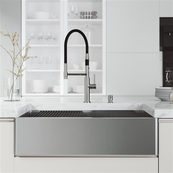 evier de cuisine acier inoxydable oxford 36 po robinet noir et chrome norwood distributeur de savon chrome