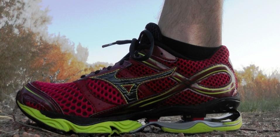 Mizuno 8 Wave Shoe Running Inspire Mens