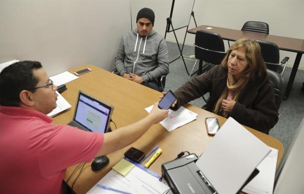 Ap-norc Poll Latinos Health Care Communication