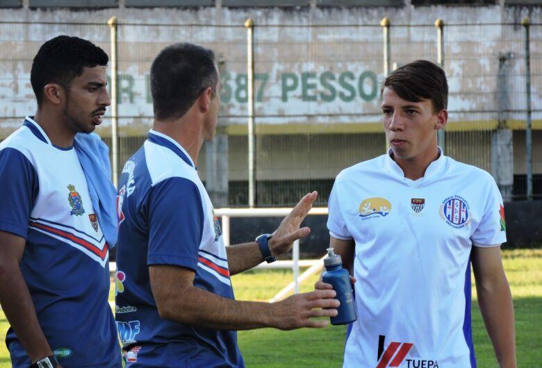Atleta do Grêmio Sãocarlense reforça o Botafogo de Ribeirão Preto