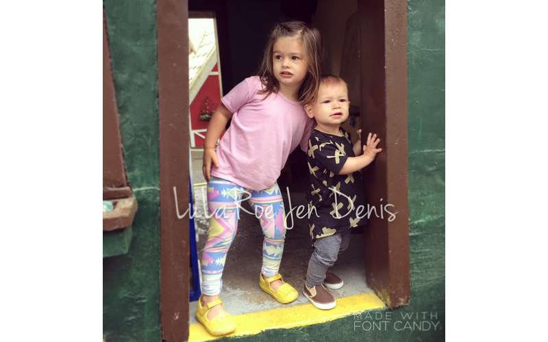 Clothing For All Ages  Sizes with LulaRoe Jen Denis in