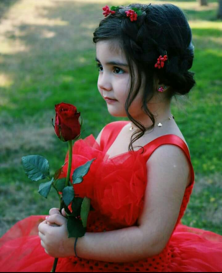 Cute Baby With Rose : Photos, Roses