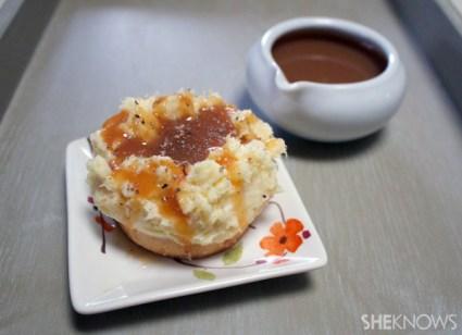 Cheesecake mashed potato bites with caramel gravy