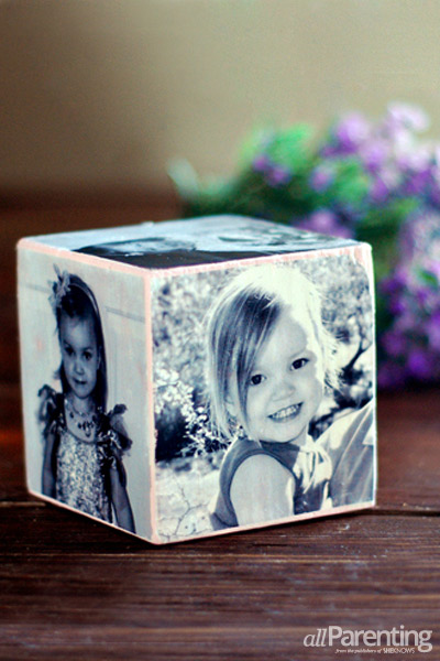 Diy Bird Feeder Stand How To Make A Mother's Day Photo Cube
