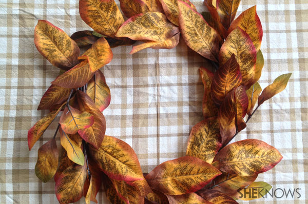 DIY fall dollar store wreath | Sheknows.ca - final tweaking