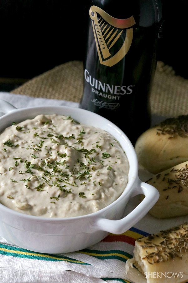 Guinness and Irish cheddar cheese dip