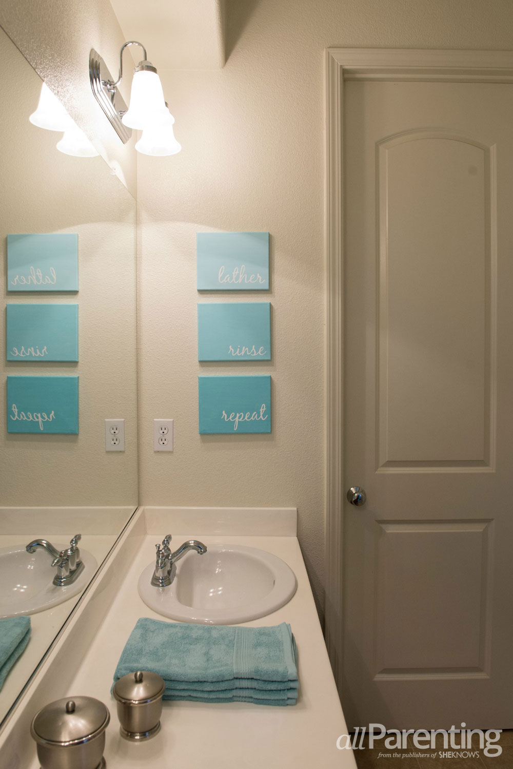 DIY Bathroom canvas art