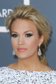 carrie underwood - updo hairstyles