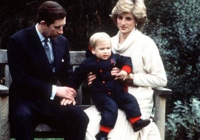 https://i0.wp.com/cdn.sheknows.com/filter/l/gallery/princess_diana_princess_william_18months.jpg