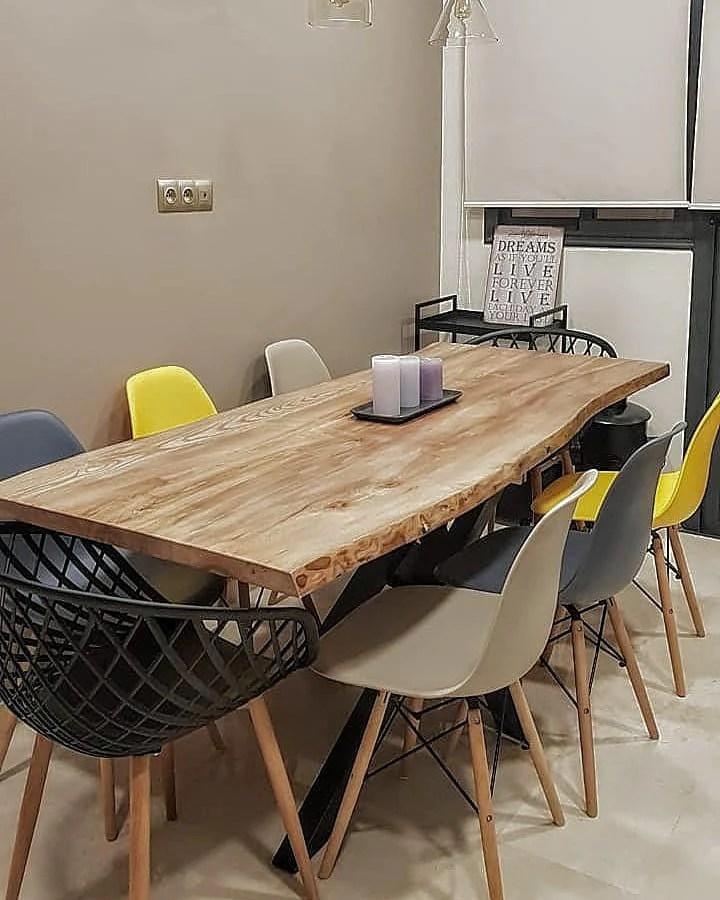 table salle a manger chalet en bois massif brut atelier vintekk