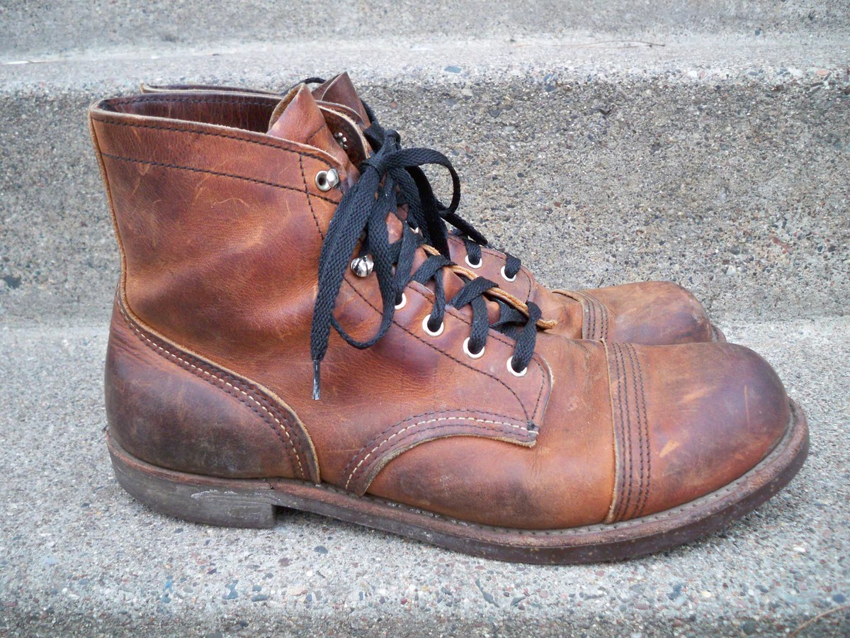 6 red wing 8115
