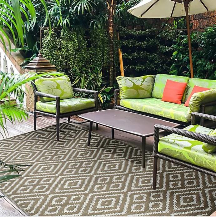 zanzibar 6 x 9 indoor outdoor patio mat in brown white