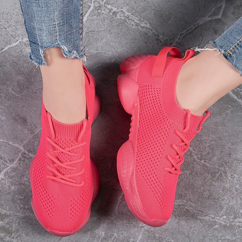 tênis, chinelo, sandália, calçados, sapato, esportes, academia, caminhar, correr, corrida, conforto, confotável