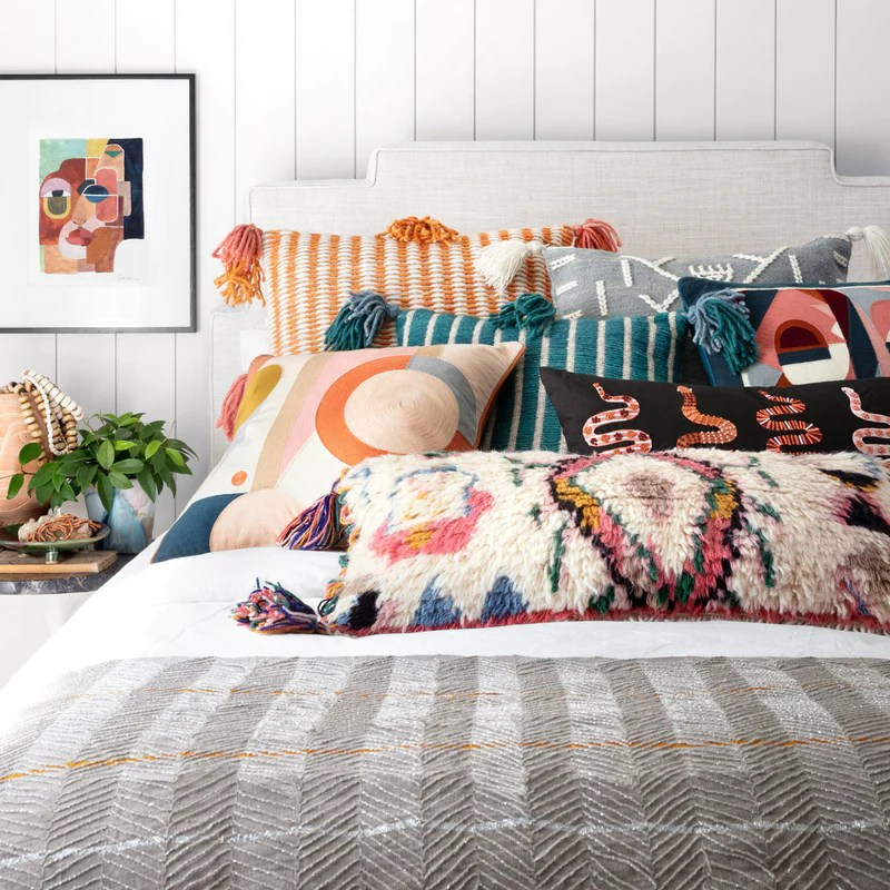 decorative pillow sets for bed online