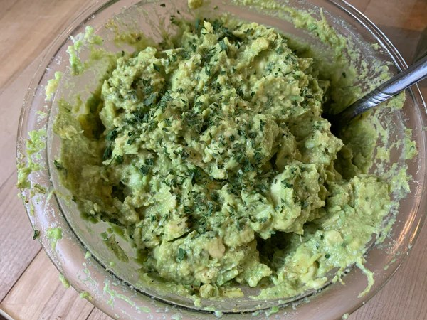 avocados, guacamole, parsley, lime, simple functional grace-filled living, simple functional grace-filled news, friends, family, Super Bowl