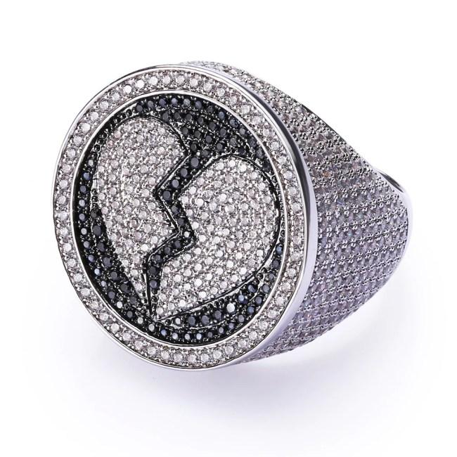 Heart-Broken Ring in White Gold