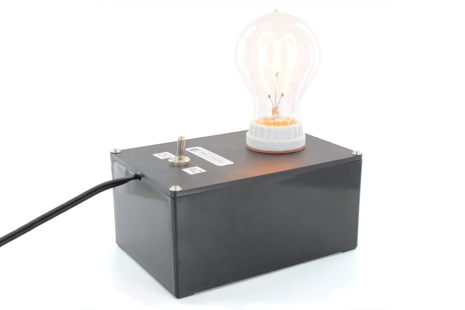 hight resolution of electricity magnetism light bulb demo