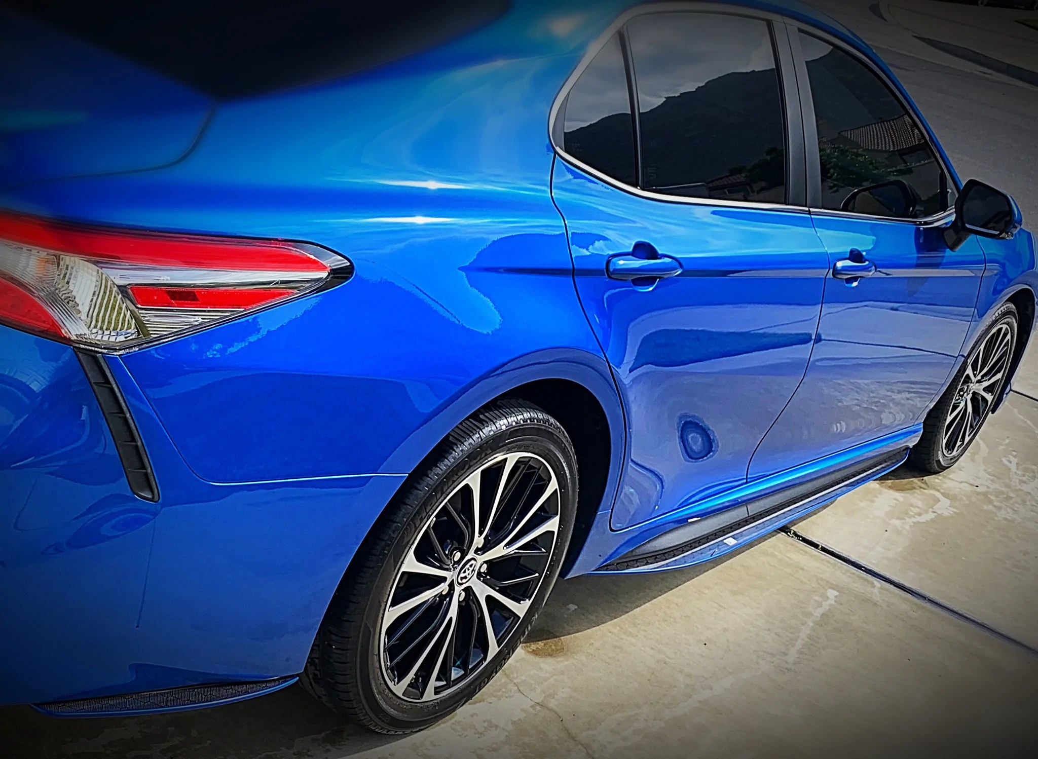 hight resolution of  load image into gallery viewer 2018 up toyota camry carbonfiber side skirts