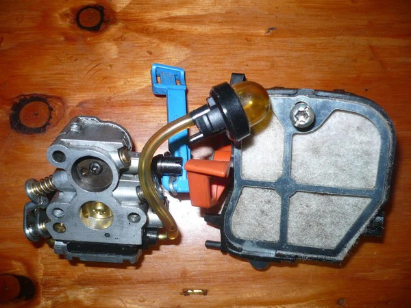 husqvarna 240 chainsaw parts diagram 2008 hyundai santa fe stereo wiring 240e carburetor and air box assembly | chainsawr