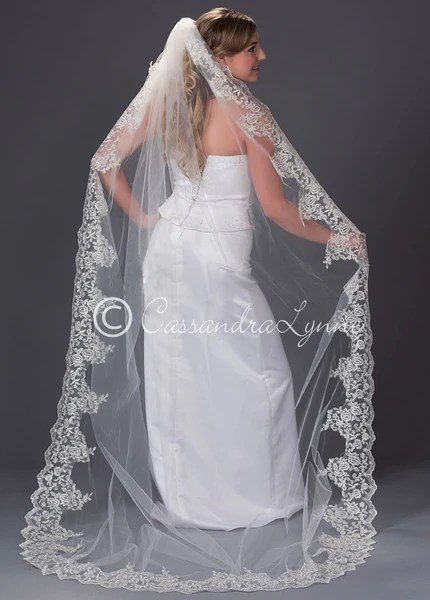 Wedding Veil With Wide Lace Trim Chapel Length Cassandra