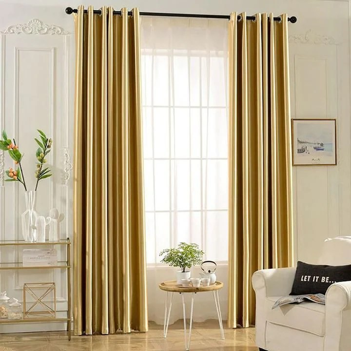 choose gold curtains for living room