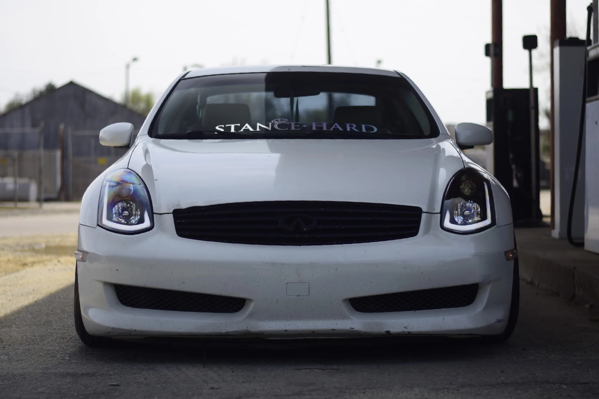load image into gallery viewer spec d projector headlights infiniti g35 coupe sequential  [ 2048 x 1365 Pixel ]
