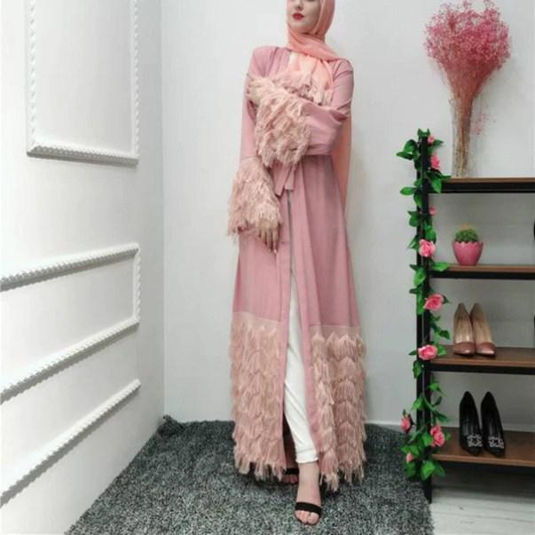 Elegant Feather Opened Abaya