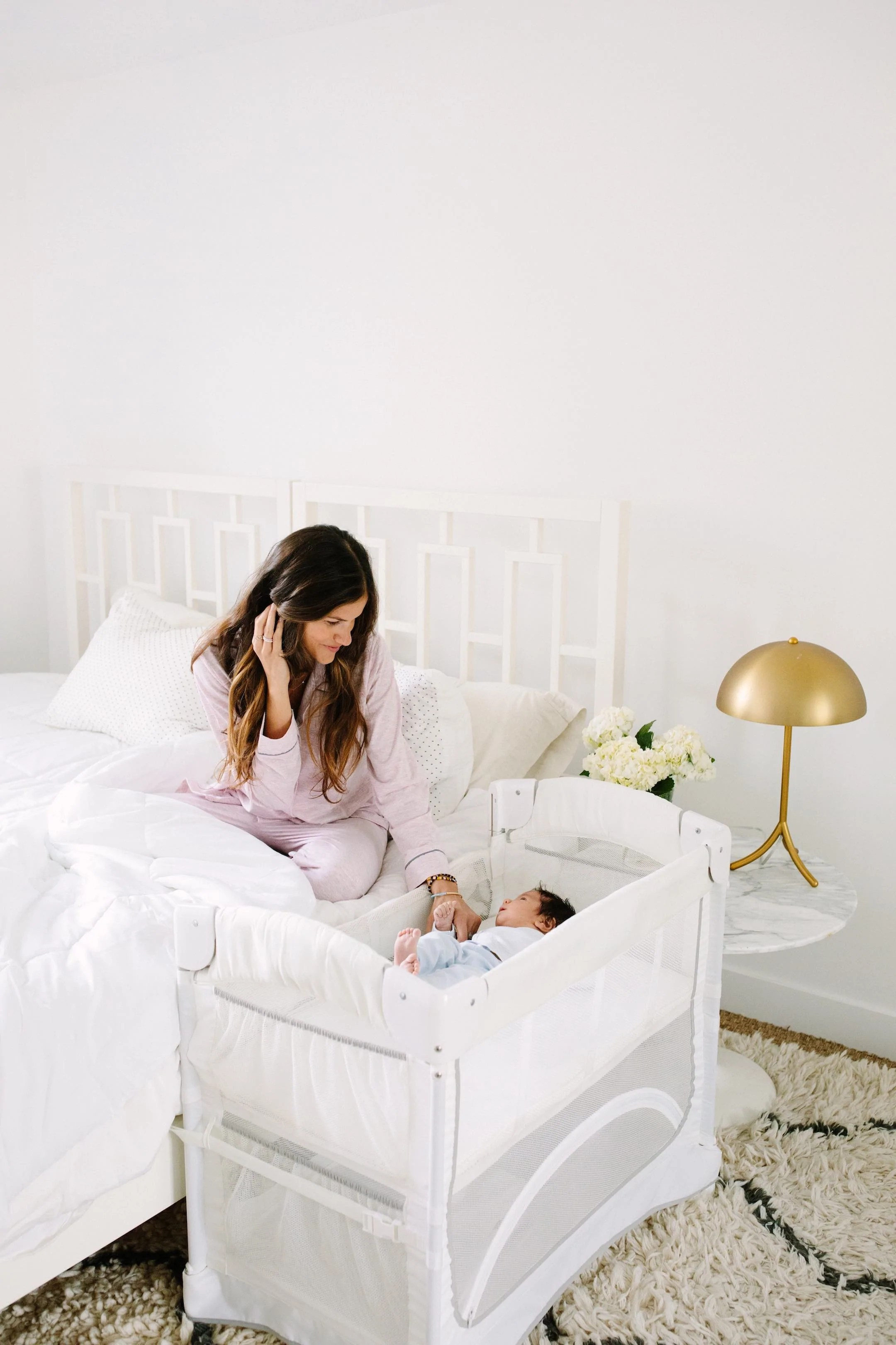 Bassinet Attached To Bed : bassinet, attached, EZEE™, CO-SLEEPER®, Arm's, Reach, Concepts