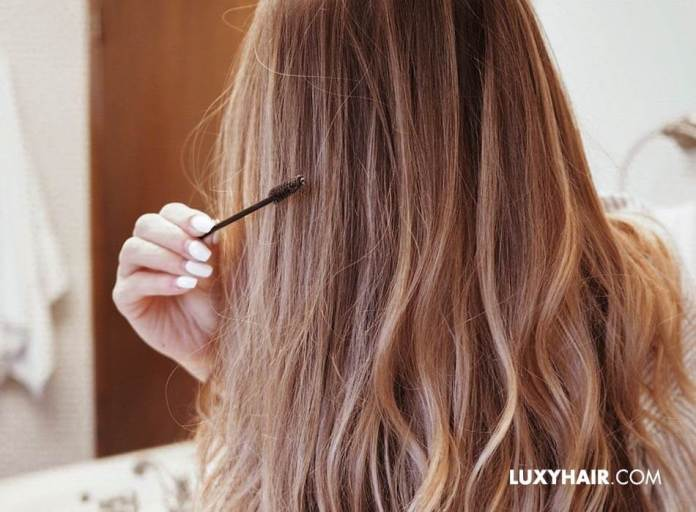 How To Tame Frizzy Hair 3