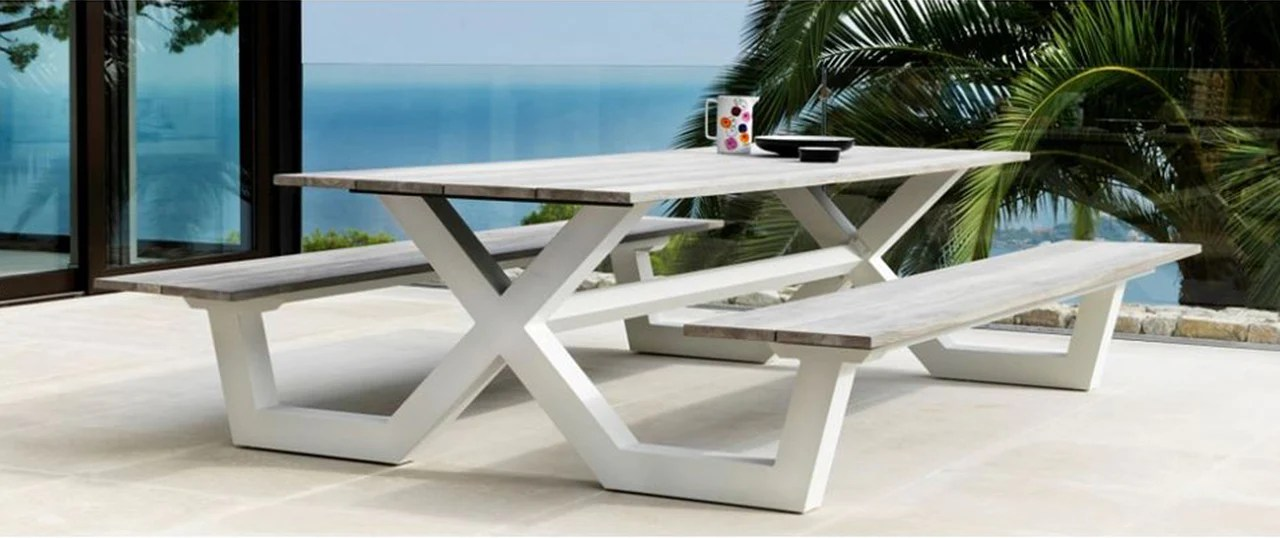 Modern Outdoor Patio Furniture  contemporary design in