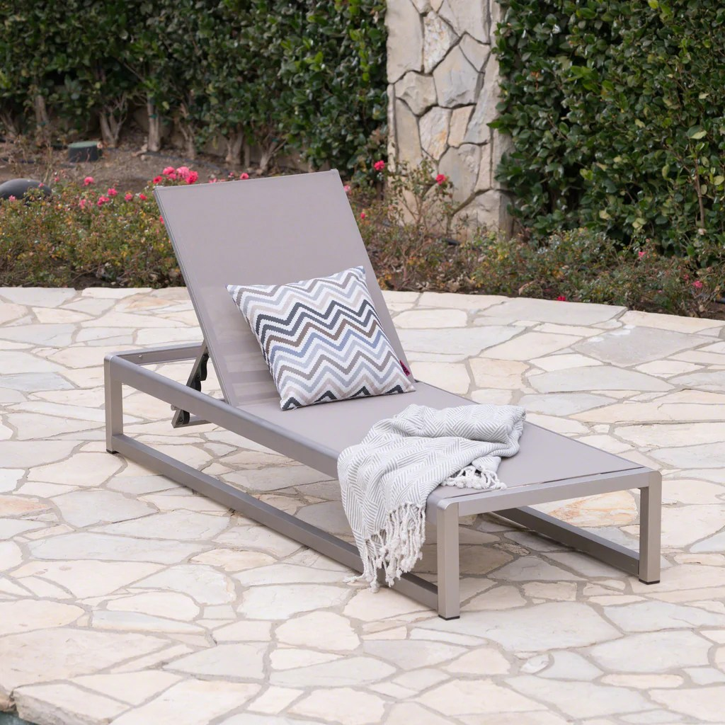 Sunbathing Chairs San Luis Outdoor Grey Mesh Chaise Lounge With Silver Finished Aluminum Frame