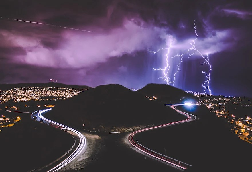 5 best lightning strike map apps and