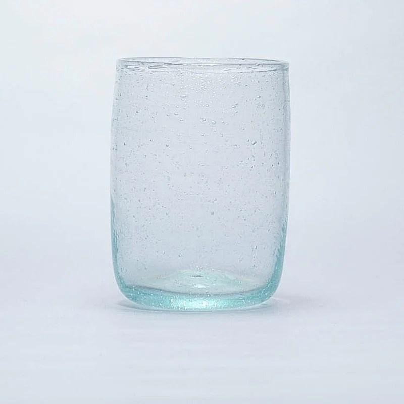 gobelet verre a eau transparent