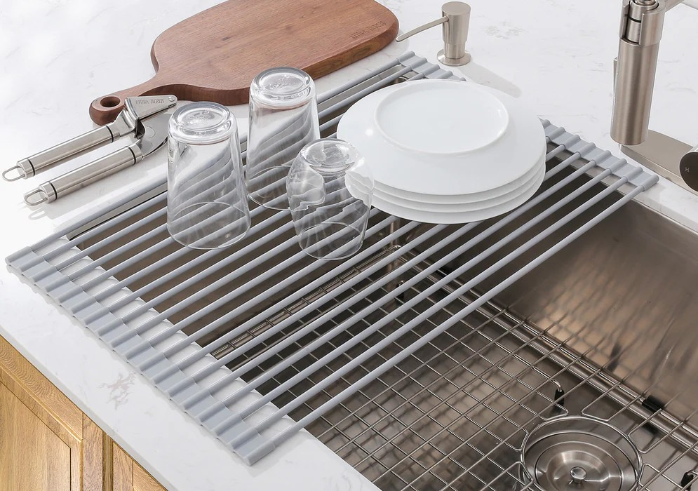 roll up drying rack wrapped by fda approved silicone highly heat resistance and versatile in usage