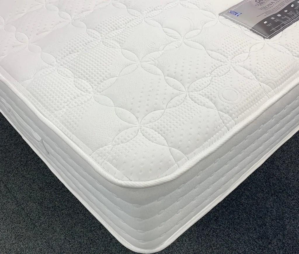 In memory foam e molleggio bonnel (linea dorsopedic di simmons,. Dura Beds Verona 1000 Pocket Mattress Hamptons Home Store