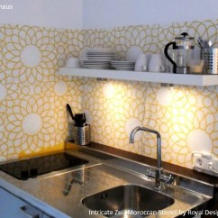Kitchen Walls Antiqued Cabinets 14 Pretty Easy Ideas For Diy Decorating With Stencils Years People Tried To Talk Me Into Tiling The More Practical But As Apartments Are Not So Big And